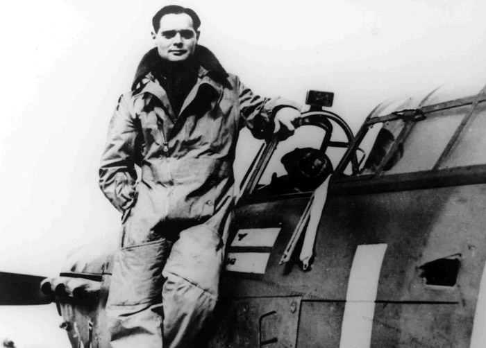 Douglas Bader on wingLG